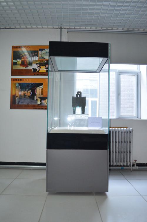 博物馆恒温恒湿展示柜